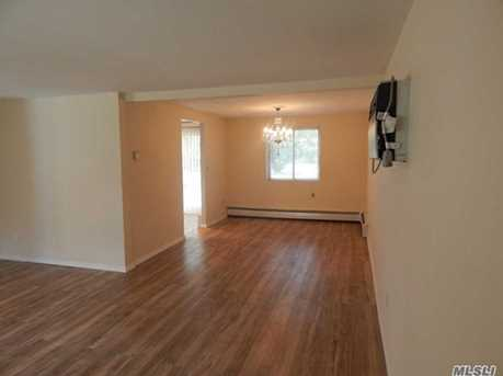 401 Boxwood Dr - Photo 3