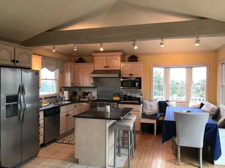 55 Midway Ave - Photo 11