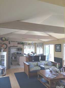 55 Midway Ave - Photo 5