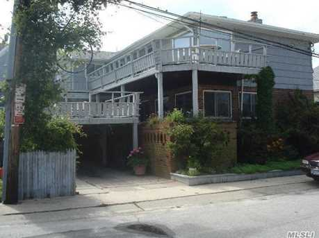 25 Rochester Ave - Photo 1