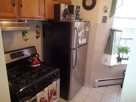 11 10 Eyck St #5B - Photo 9