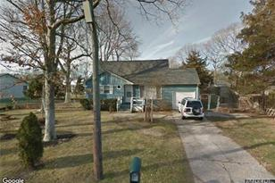 28 Corbin Ave - Photo 1
