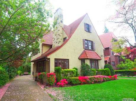 74 Puritan Ave, Forest Hills, NY 11375 - MLS 2933347 - Coldwell Banker