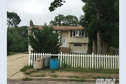 165 Riddle St - Photo 1