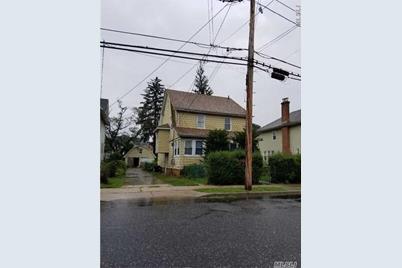 111 Elizabeth Ave - Photo 1