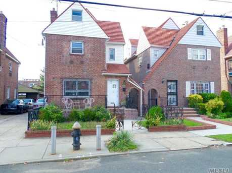 131 20 227th St Springfield Gardens Ny 11413 Mls 2971585 Coldwell Banker