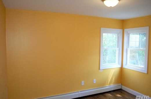 246 Hathaway Ave - Photo 5
