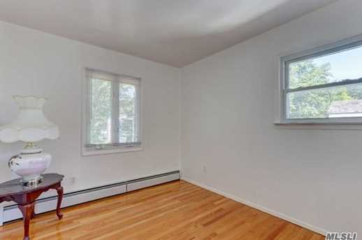 259 New Hyde Park Rd - Photo 16