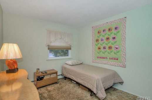 273 Brookville Ave - Photo 15
