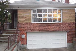 65-38 Cromwell Cres - Photo 1
