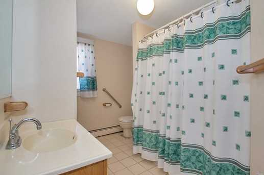 40 Sycamore St - Photo 13