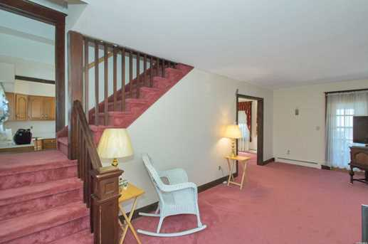 40 Sycamore St - Photo 9