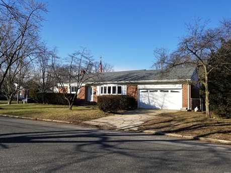 huntington station single guys The new york times has 56 homes for sale in huntington station find the latest open houses, price reductions and homes new to the market with guidance from experts who live here too.
