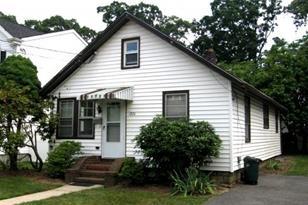 1874 Commonwealth Ave - Photo 1