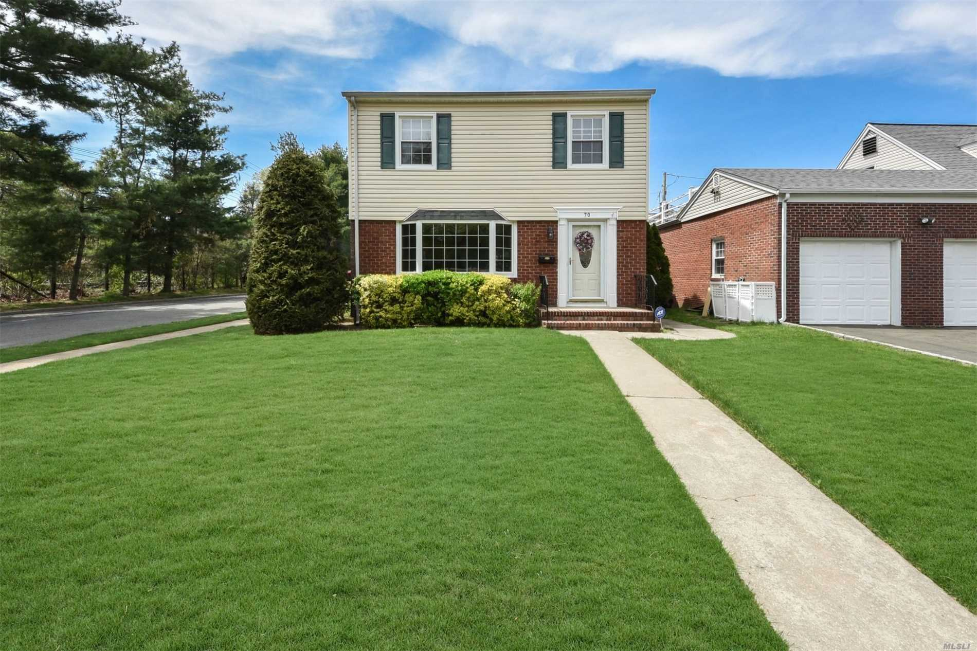 70 Jackson St, Garden City, NY 11530 - MLS 3028486 - Coldwell Banker