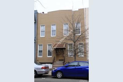 855 Woodward Ave - Photo 1