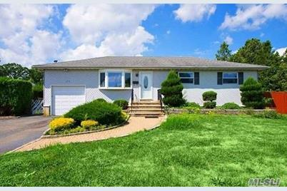 379 Lake Ave, Deer Park, NY 11729 - MLS 3073509 - Coldwell Banker Deer Park Tanger Map on