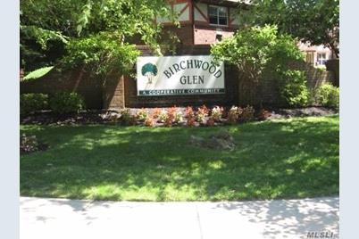 11 Glen Hollow Dr #D12 - Photo 1