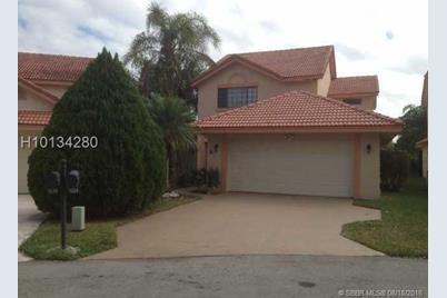 1834 NW 94th Ave - Photo 1