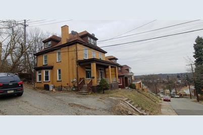 17 W Woodford Ave - Photo 1