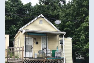 39 Moore Ave - Photo 1