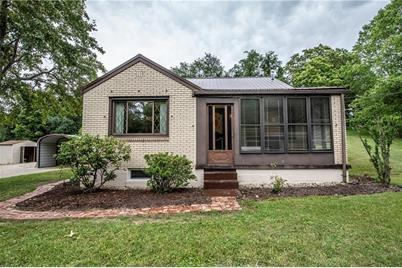 749 Hahntown Wendel Rd - Photo 1