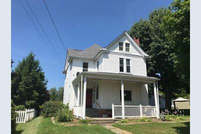 905 N Hickory Street - Photo 1
