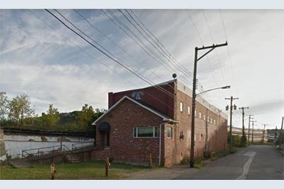 727 Thompson Ave - Photo 1