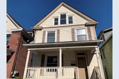 726 W Penn St - Photo 1
