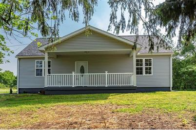 921 State Route 18 Raccoon Township Pa 15001 Mls 1399147 Coldwell Banker