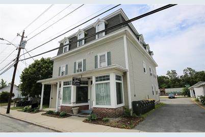 465 Chapel Street - Photo 1