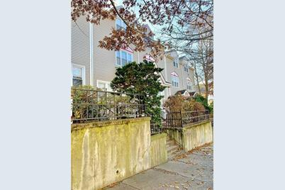 91 Evergreen Street - Photo 1
