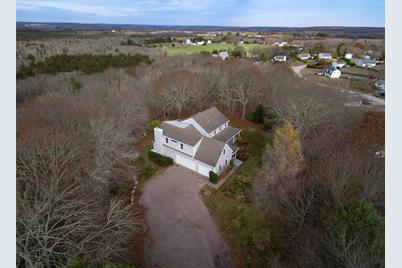 82 Old Post Rd Westerly Ri 02891 Mls 1270028 Coldwell Banker