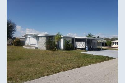 Admirable 774 Knotty Pine Circle N North Fort Myers Fl 33917 Beutiful Home Inspiration Ommitmahrainfo