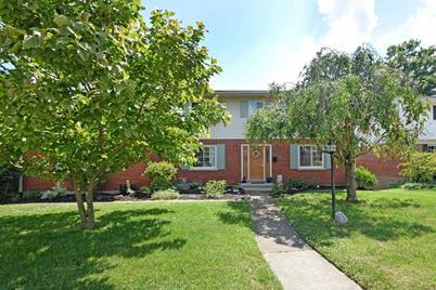 217 Applewood Drive - Photo 1