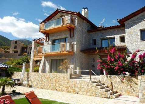 1010 Xiropigado  Hasapeika  Arkadia  Greece - Photo 3