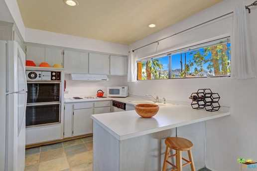 261 E La Verne Way #L - Photo 9
