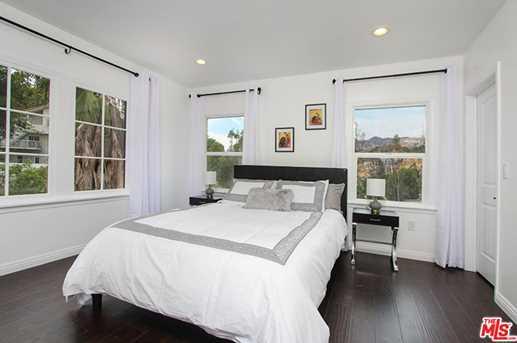 2037 Holly Hill Terrace - Photo 37