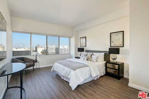 7135 Hollywood #1006 - Photo 19