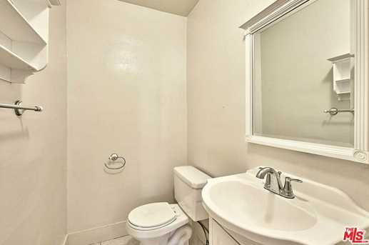 133 S Kenmore Ave - Photo 11