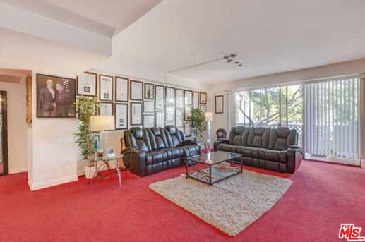 818 N Doheny Dr #205 - Photo 5