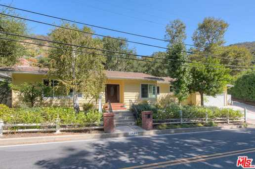 3634 Mandeville Canyon Rd - Photo 1