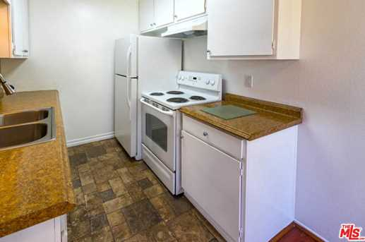 320 S Ardmore Ave #326 - Photo 35