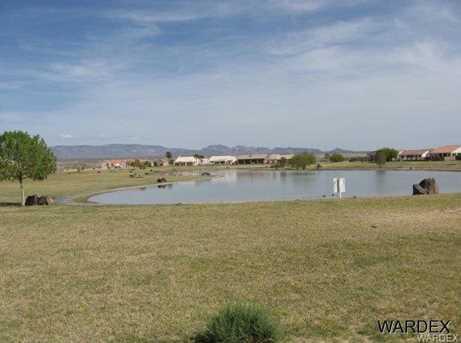 1711 E Valley Pkwy - Photo 9