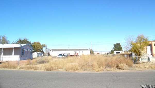 3301 E Hearne Avenue - Photo 1