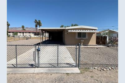 1215 Baseline Road, Bullhead, AZ 86442