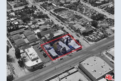 11444 Vanowen Street - Photo 1