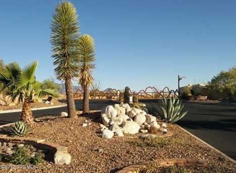 677 E Canyon Rock Road - Photo 3