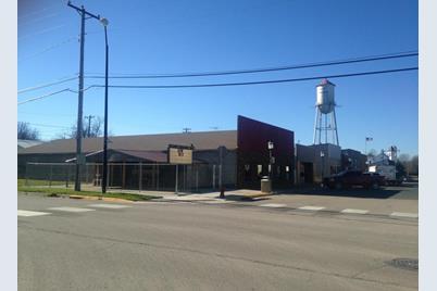 207 W Main Street - Photo 1