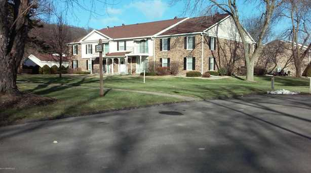 2055 Carriage Dr SW #2055H - Photo 1